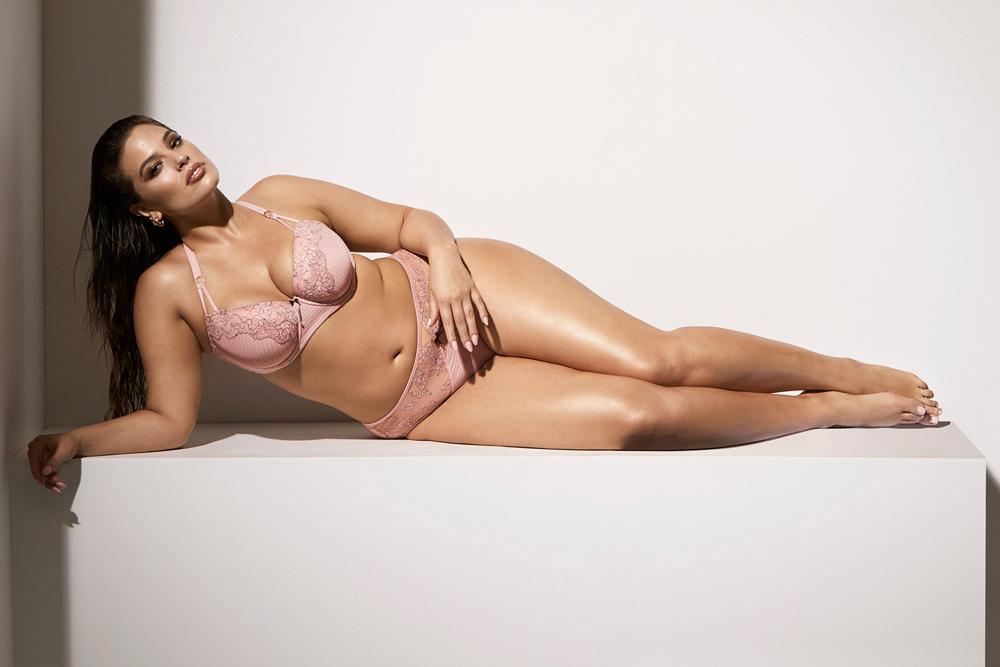 Plus Size Glamour Model Agency
