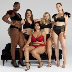 Lingerie Outfit Ideas For Plus Size Glamour Model